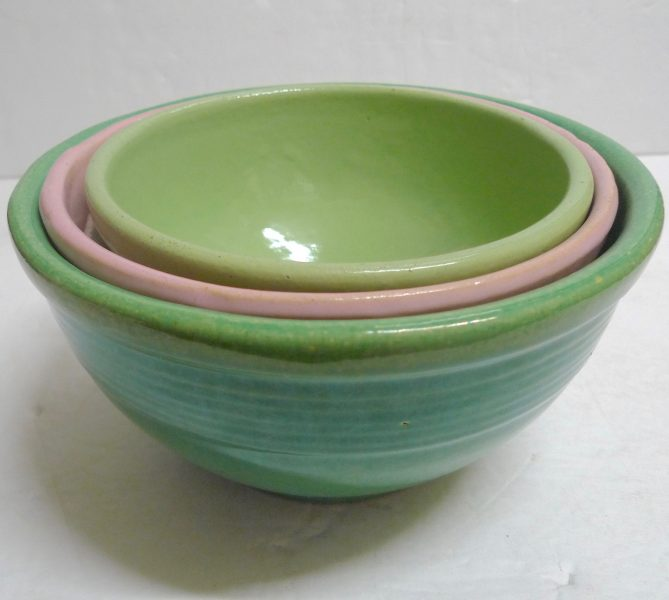 Mixing Bowls by Garden City